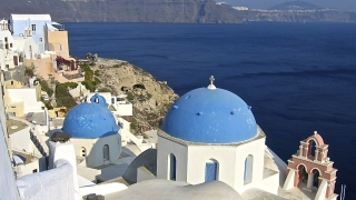 Свещениците в Гърция вече няма да бъдат държавни служители