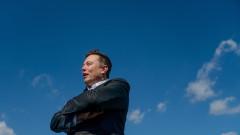 Илън Мъск забогатя с $5,6 милиарда за ден след скок на акциите на Tesla