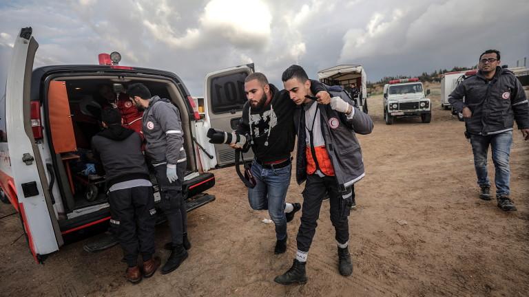 Снимка: 20 ранени палестинци при поредна демонстрация в Газа