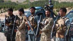 Над 1000 афганистански войници бягат от талибаните през границата, Таджикистан праща армия