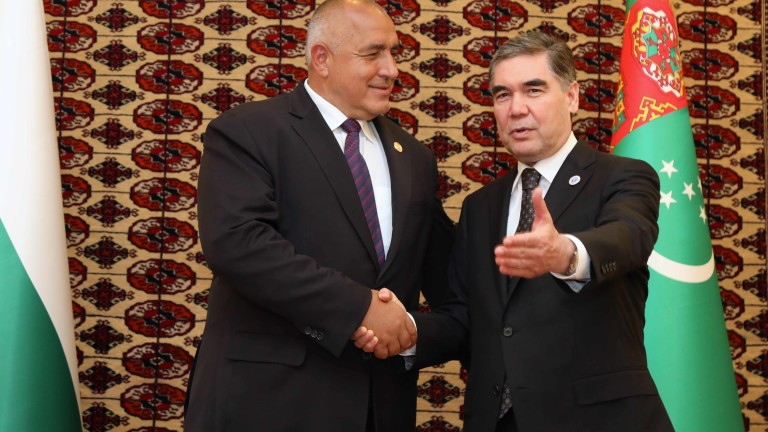 Отношенията между България и Туркменистан са важни и перспективни. Убеден