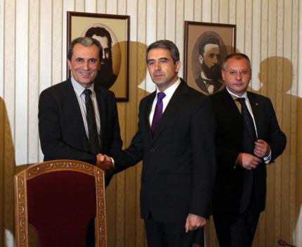 Орешарски представя състава на кабинета пред президента
