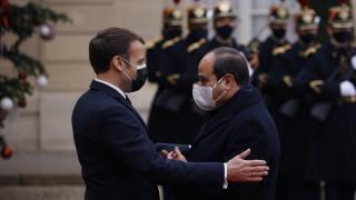 Макрон откровен: Франция ще продава оръжие на Египет независимо от правата на човека