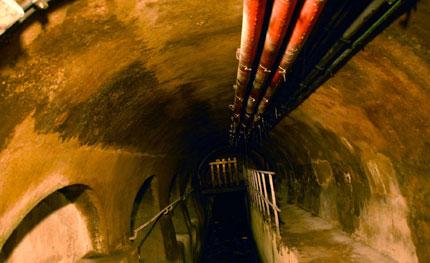 Откриха 24 афганистанчета, живели в канализацията на Рим