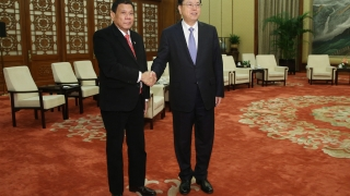 Дутерте иска военен блок с Русия и Китай