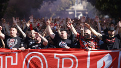 Футболистите на ЦСКА получиха вдъхновяваща подкрепа от своите фенове