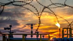 Петролът поскъпва. Саудитска Арабия спря доставките заради атаки срещу танкери