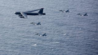САЩ показва сила с прелитащи ядрени бомбардировачи до Иран