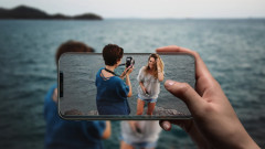 Holoscreen добавя холограма към екрана на всеки смартфон