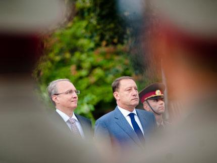Подкрепяме Скопие за НАТО, ако е добър съсед