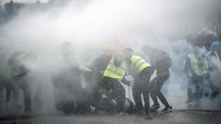 """Задържаха 21 души на протест на """"жълтите жилетки"""" в Монпелие"""