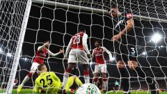 Арсенал е на полуфинал за Купата на Лигата