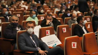 Търсят недопуснатите делегати на Конгреса,  има съмнения, че мълчат от страх