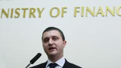 """Данък """"вредни храни"""" няма да бъде приет, смята Горанов"""