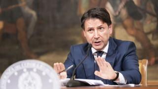 """Италия подкрепя пакета на Германия и Франция, но """"изопачените стереотипи"""" пречат"""