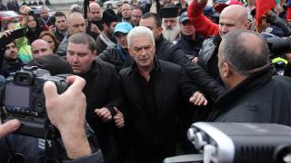 """""""Атака"""" иска оставката на Бъчварова, възпрепятствала митинга им в памет на Левски"""