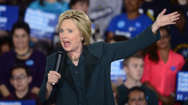 Държавният департамент разкри нови 562 писма на Клинтън