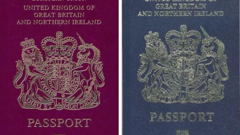 Френска компания най-вероятно ще произвежда новите тъмносини паспорти на британците,