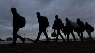 Кипър предоставя на Гърция полицаи за помощ при мигрантската вълна