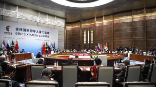 """Петте страни от БРИКС """"категорично осъждат"""" ядрения тест на Северна Корея"""