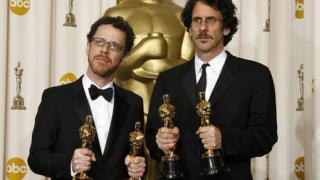 """""""Няма място за старите кучета"""" обра Оскарите (видео)"""