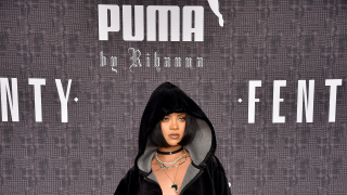 Риана тласна нагоре бизнеса на Puma