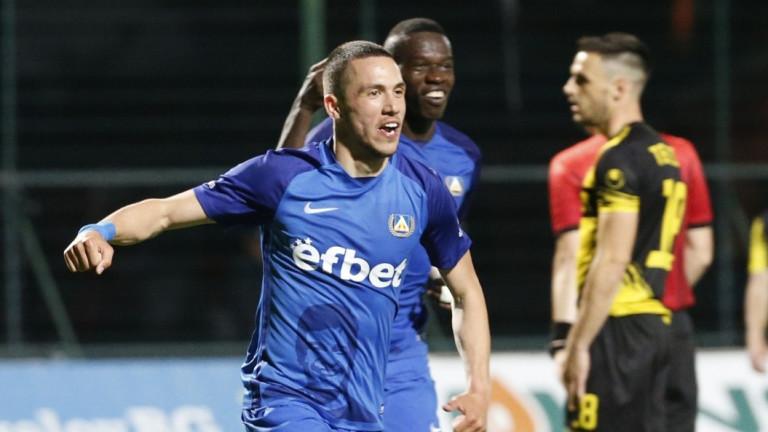 Станислав Иванов пред ТОПСПОРТ: Мечтая да играя с Левски в Шампионска лига, няма да забравя гола си за Ливърпул