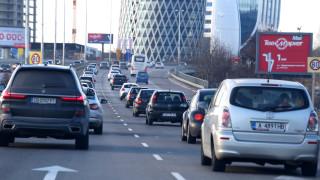Интензивен трафик към София в края на почивните дни