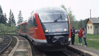 Обстрелваха с камъни новодоставен германски вагон