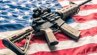 Повечето американци подкрепят по-строги закони за притежание на оръжие