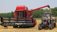 1229 нови комбайни и трактори са купени през 2013 г.