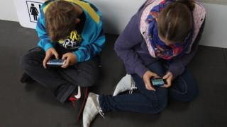 Най-голямата компания за онлайн игри иска децата в Китай да играят по-малко