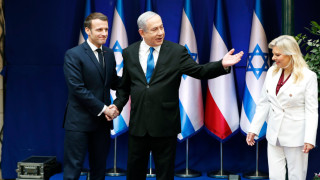 Макрон се зарича да e безпощаден с Иран, Рохани не му остава длъжен