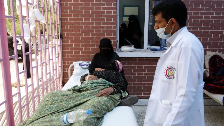 34 починали и над 2000 заразени с холера в Йемен