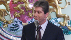 """Президентът връчва """"Стара планина"""" на посланици"""