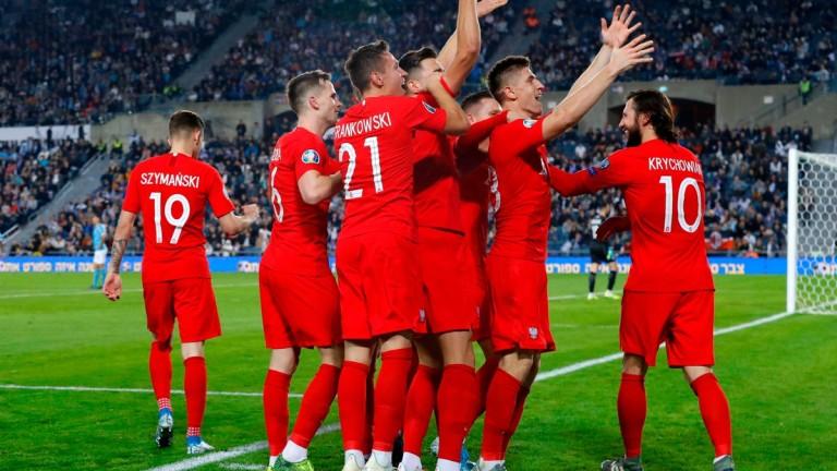 Полша записа третия си пореден успех в срещите от груповата