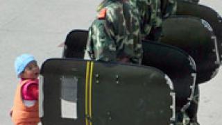 """Китайци признаха, че са наранили 4 тибетци """"при самозащита"""""""