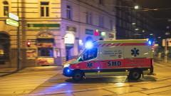 Австрия задължава хората да носят маски в магазините
