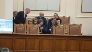 Борисов маргинализирал парламента, обвини БСП