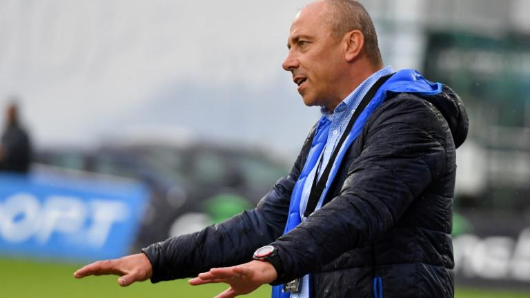 Илиан Илиев: Трябва да отложат старта на шампионата