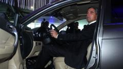 Плевнелиев видя бъдещето на страната в автомобилостроенето
