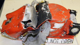 Черните кутии на украинския боинг пристигнаха във Франция