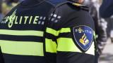 Партиите против предложение за мюсюлмански забрадки в полицията на Амстердам