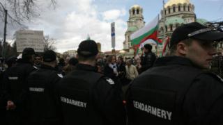 Част от протестиращите учредиха движение, готови за изборите