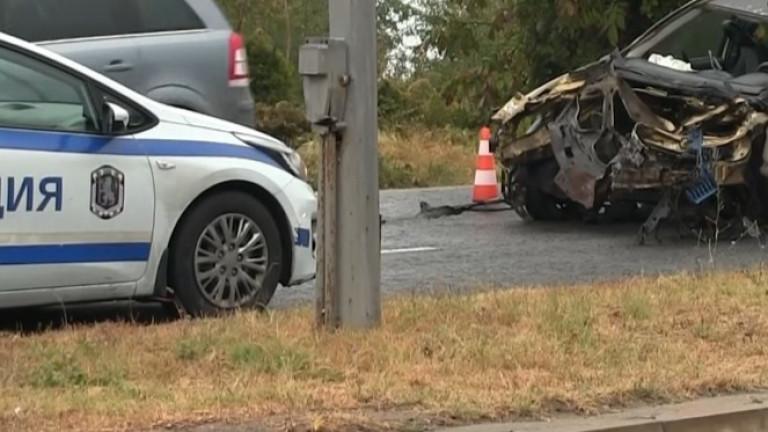 Верижна катастрофа със загинал блокира пътя Русе - Бяла