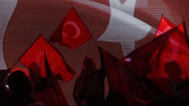 Чистката в Турция продължава
