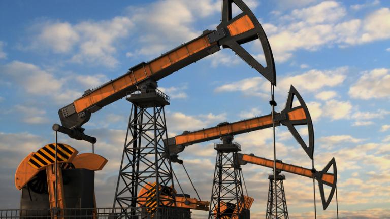 Петролът започва седмицата с ново поскъпване