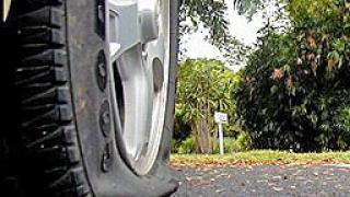 Жена загина, след като бе ударена от откачила се автомобилна гума