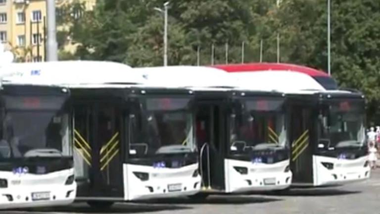 Въведоха в експлоатация новите 60 екоавтобуса в София. Новите автобуси