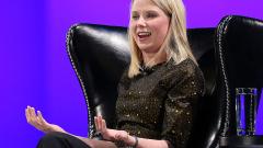 Мариса Майер ще спечели 186 милиона долара от акции, но само след продажбата на Yahoo